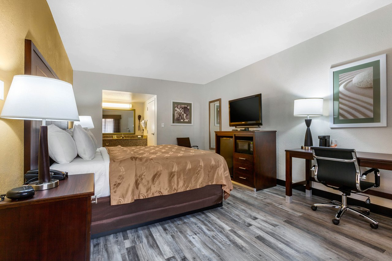 the best phoenix hotels with smoking rooms jun 2019 with prices rh tripadvisor com