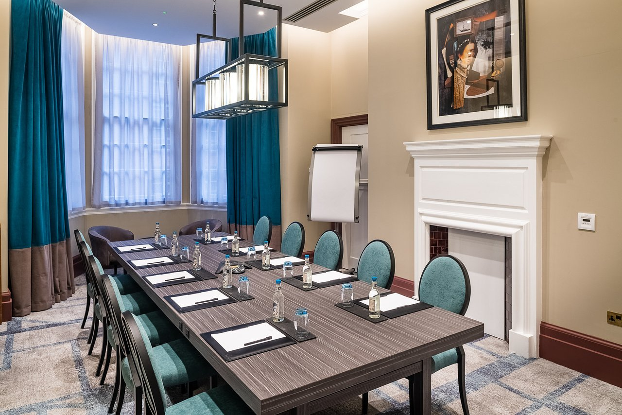 THE DIXON, TOWER BRIDGE - Updated 2019 Prices, Hotel Reviews