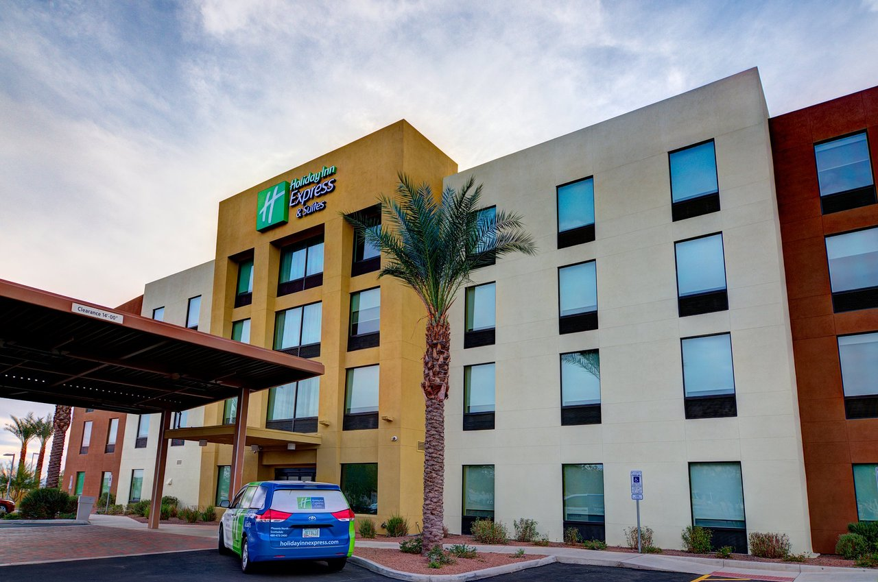 holiday inn express and suites phoenix north scottsdale arizona rh tripadvisor co uk