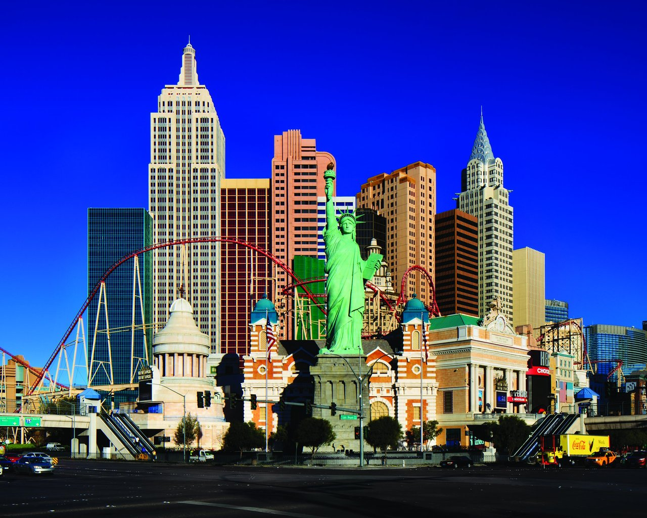 Hasil gambar untuk new york casino and hotel las vegas