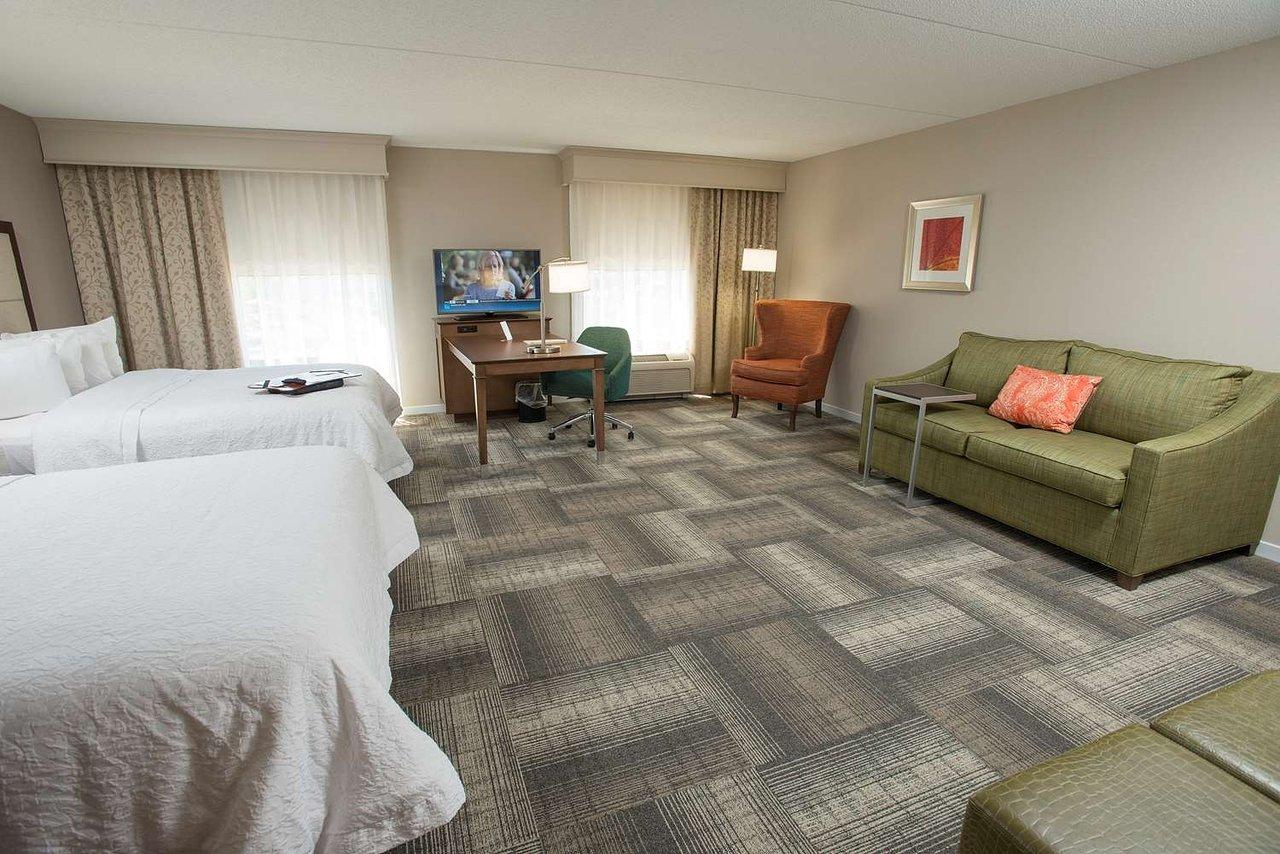 Hampton Inn Suites Cincinnati Union Centre 101 196