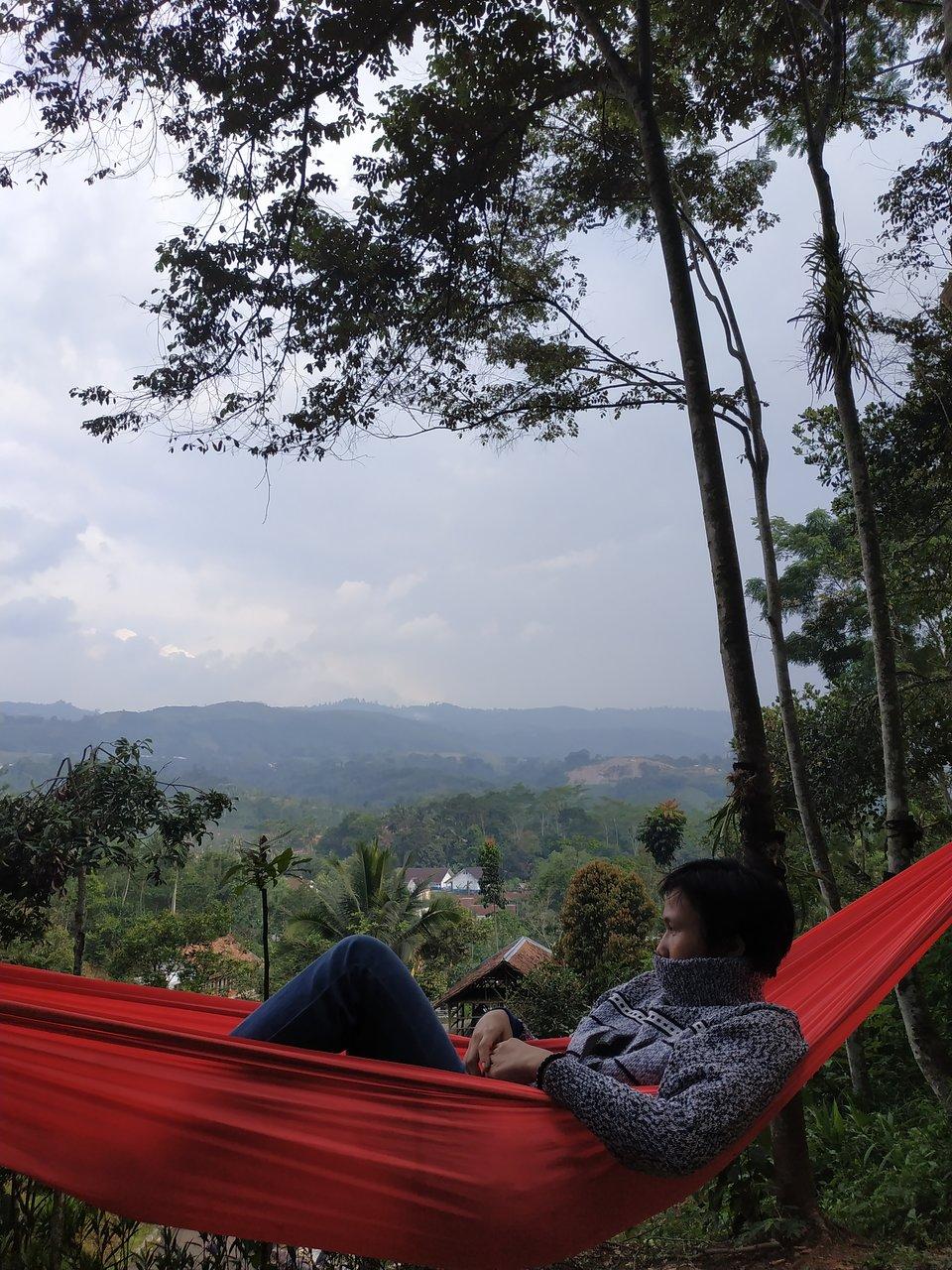 Kampung Lisung Uyut Sukabumi Indonesia Review