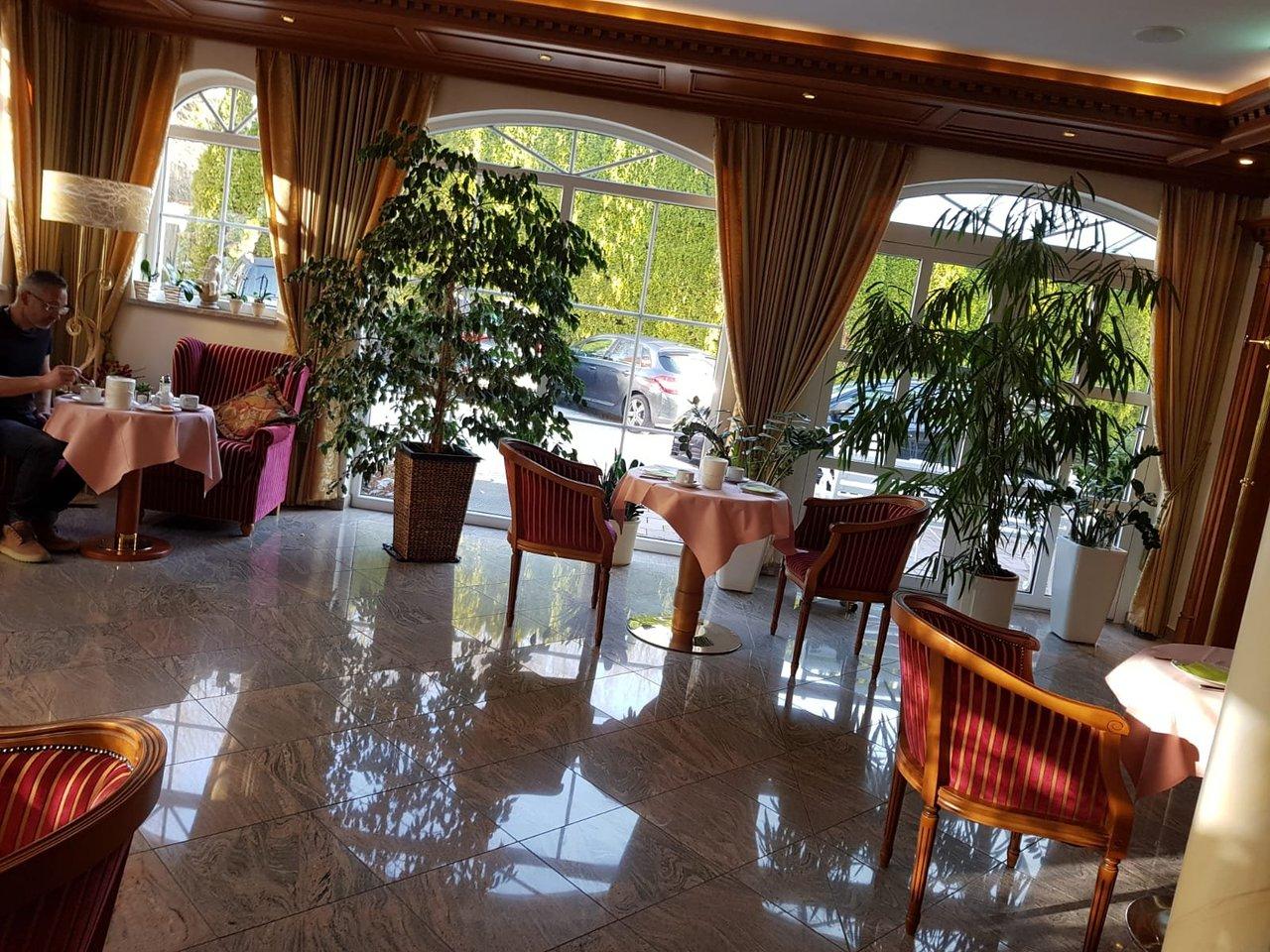 HOTEL AM SCHLOSSBERG: Bewertungen, Fotos & Preisvergleich
