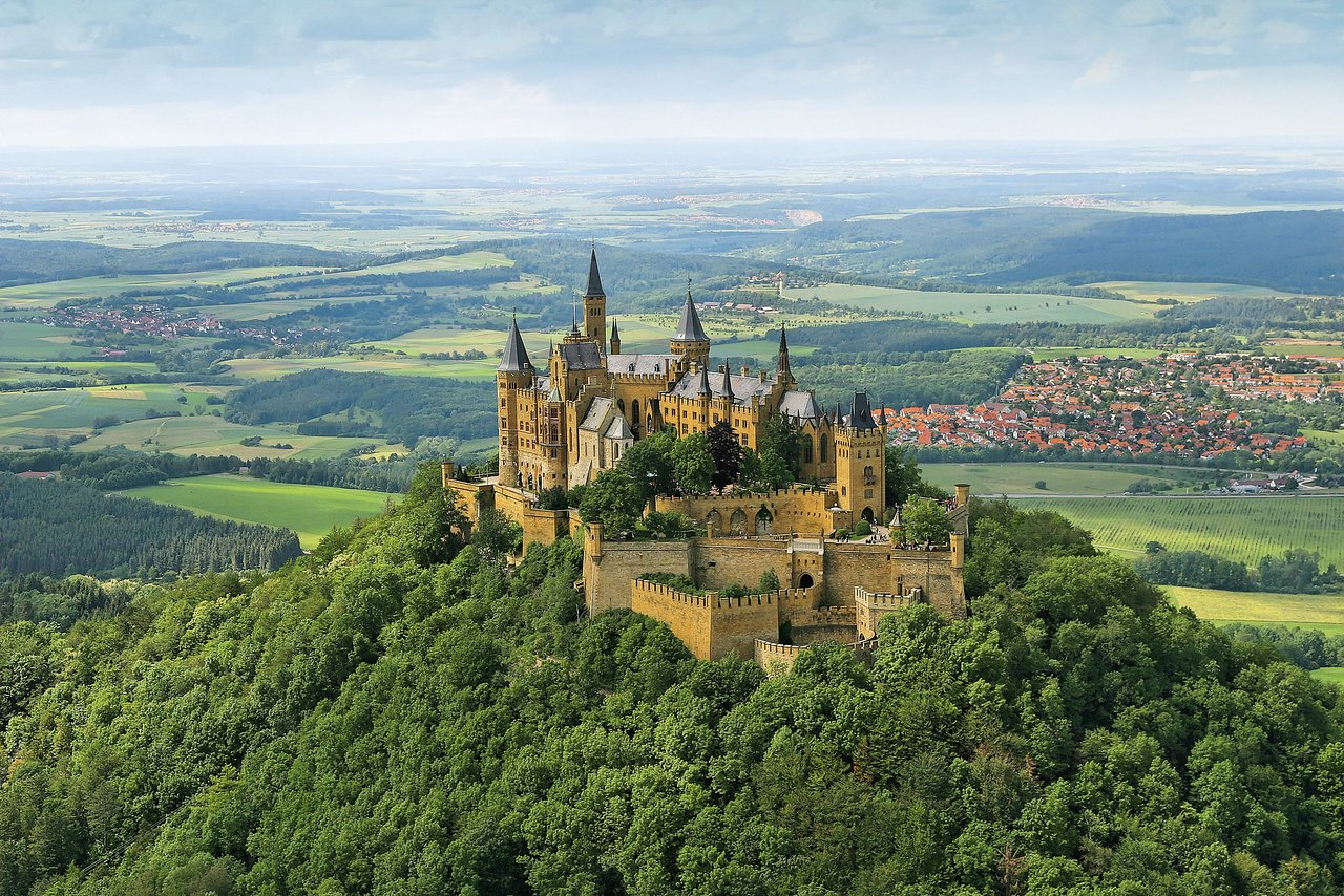 Burg Hohenzollern Bisingen 2020 All You Need To Know Before You Go With Photos Tripadvisor