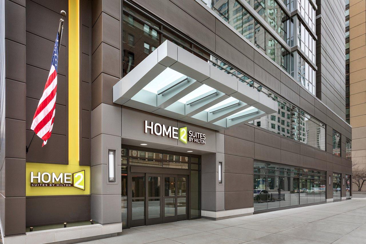 HOME2 SUITES BY HILTON CHICAGO RIVER NORTH $191 ($̶2̶1̶5̶