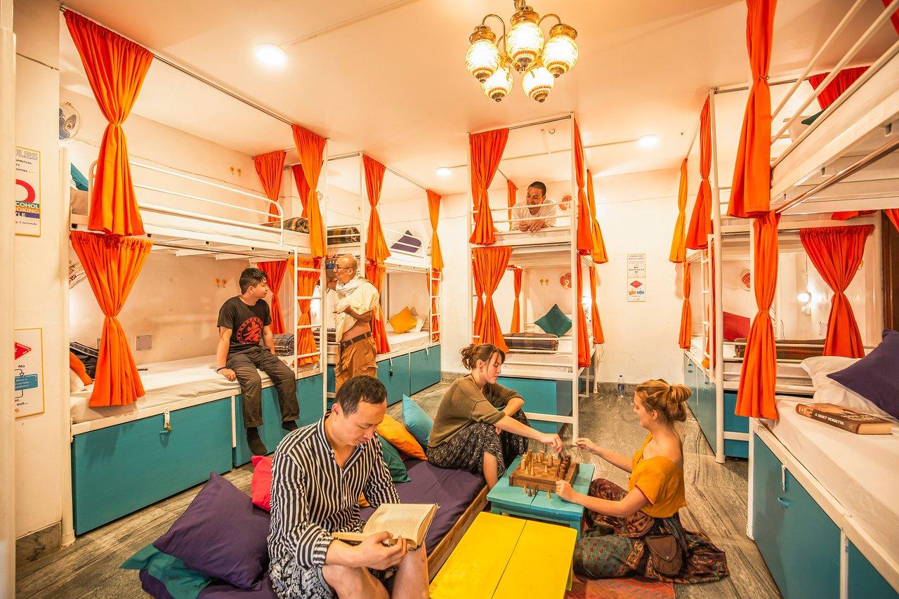 GOSTOPS VARANASI - Hostel Reviews, Photos, Rate Comparison