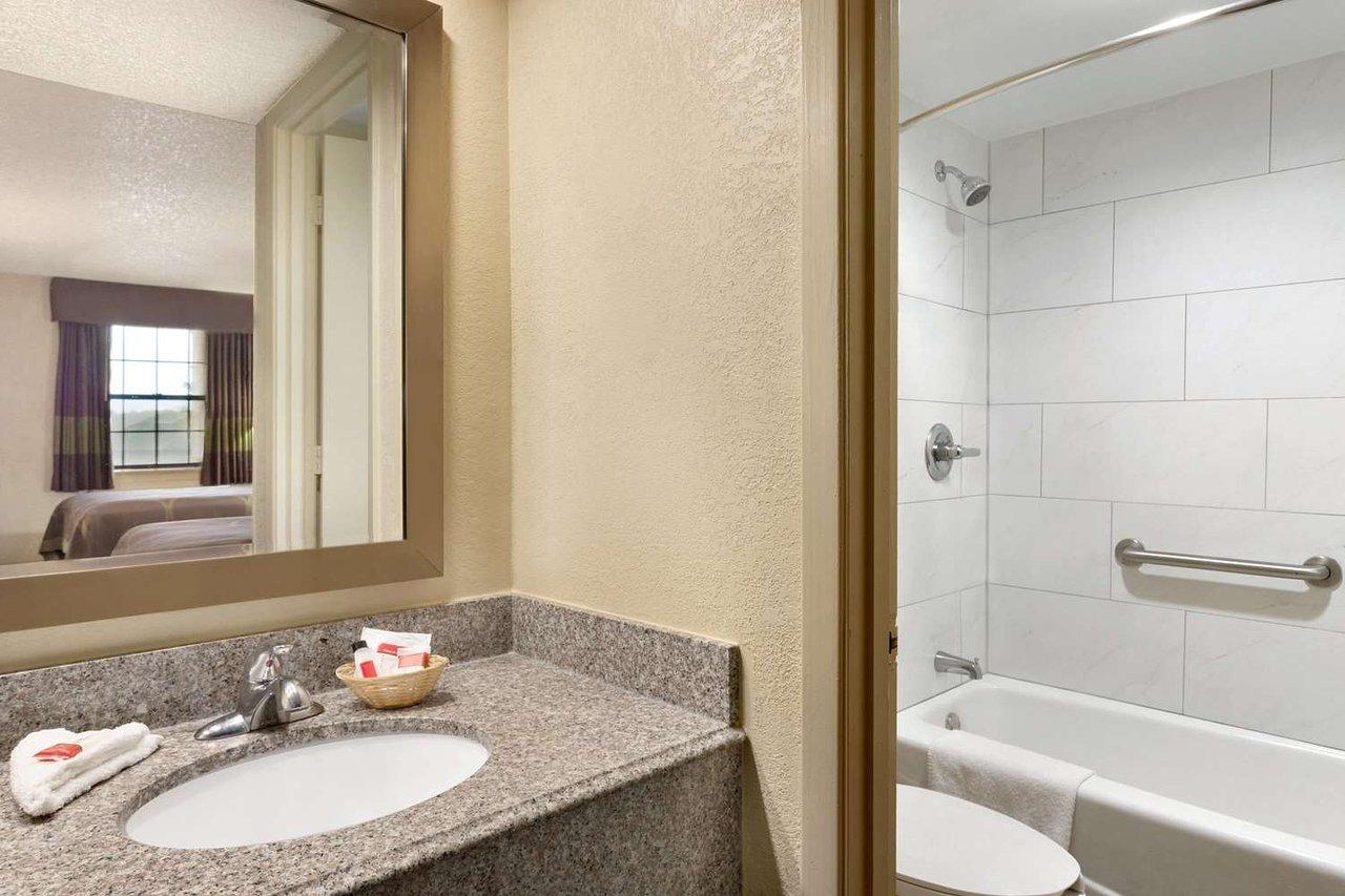 super 8 by wyndham ruston 58 6 7 updated 2019 prices motel rh tripadvisor com