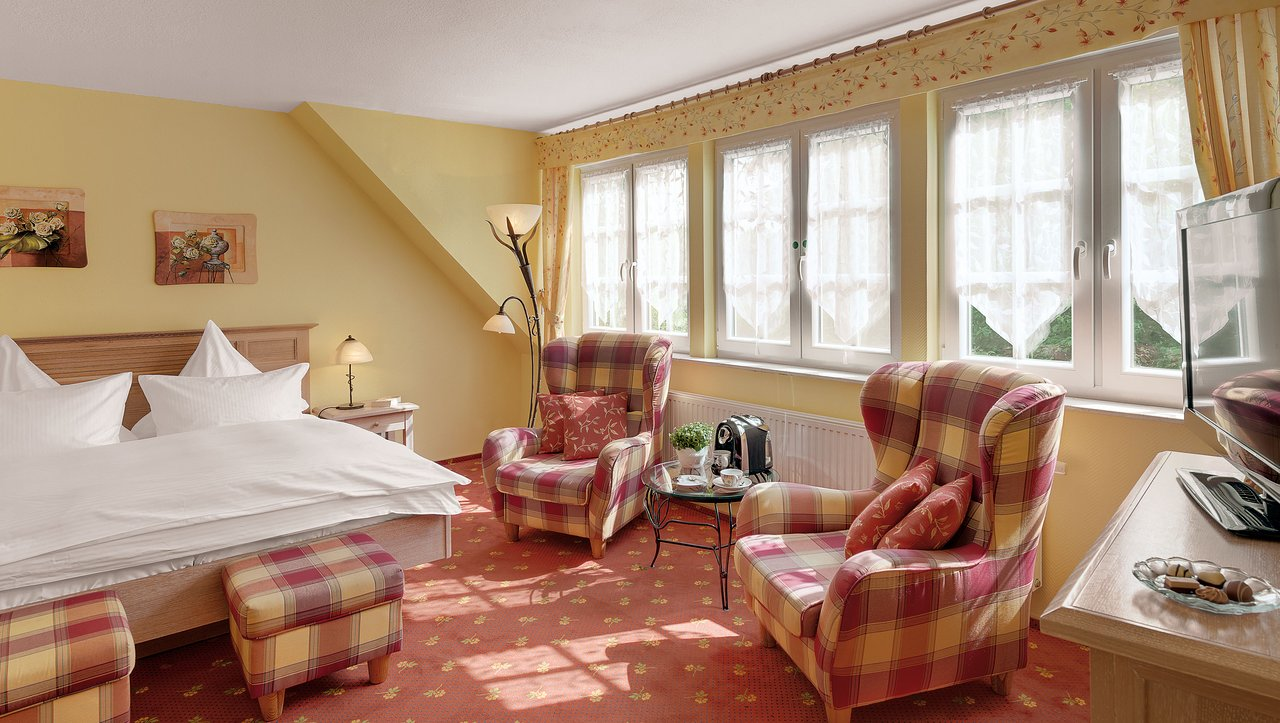 Der Romantik Hof Prices Hotel Reviews Greetsiel Germany
