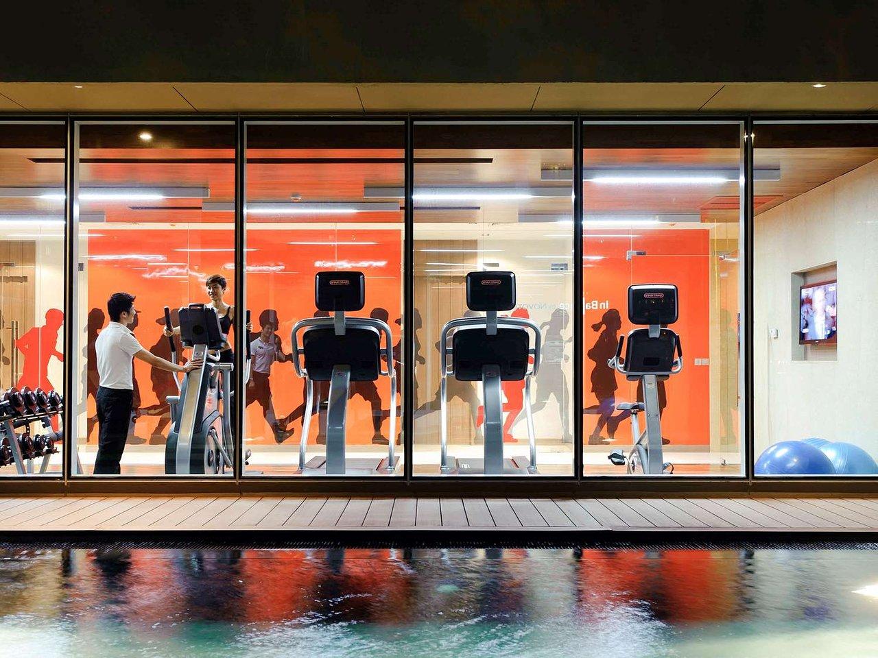 Comfortable Room - Review of Holiday Inn Bangkok Silom