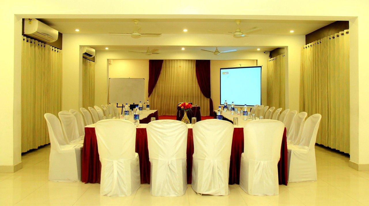 oyo 1019 hotel flora inn nagpur hotel reviews photos rate rh tripadvisor in