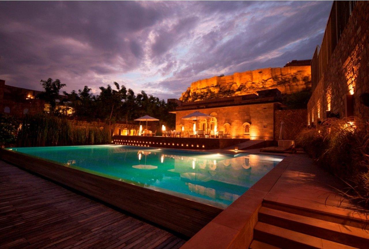 Raas-Luxury-Hotel-In-Rajasthan