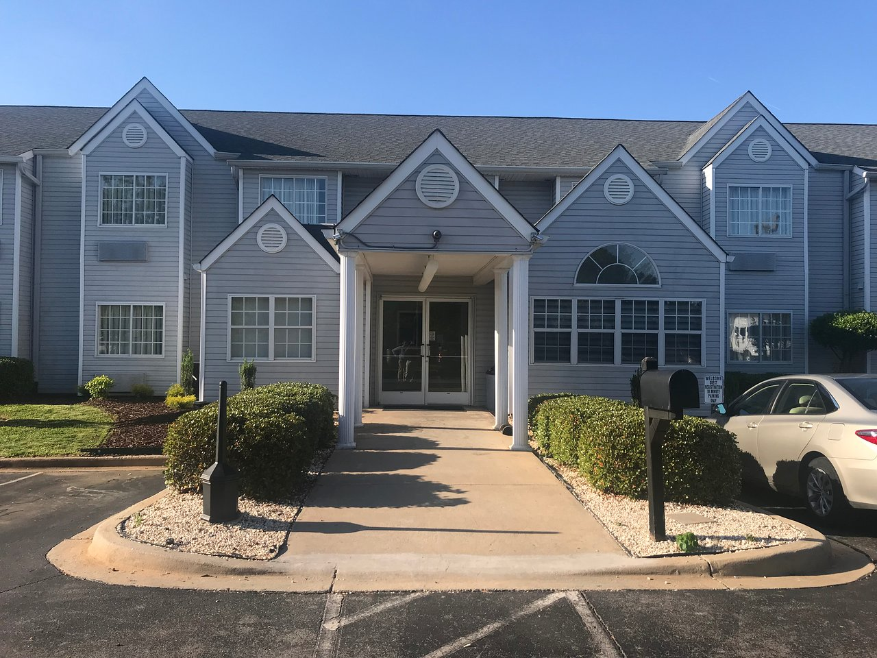 DO NOT STAY HERE - Review of Midtown Motor Inn, Gastonia, NC