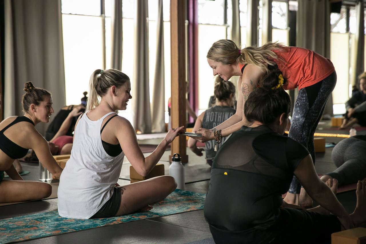 Naji S Midtown Yoga Bend 2020 All You Need To Know Before You Go With Photos Tripadvisor