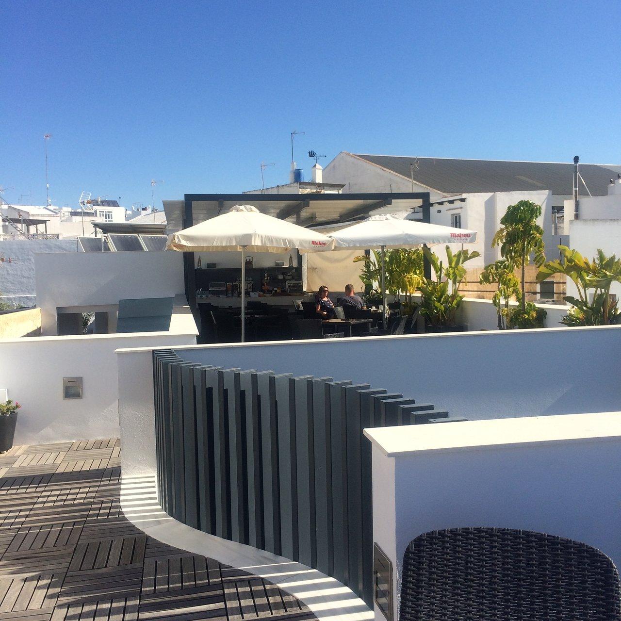 Hostal La Pasajera Conil De La Frontera Spanje Foto S Reviews En Prijsvergelijking Tripadvisor