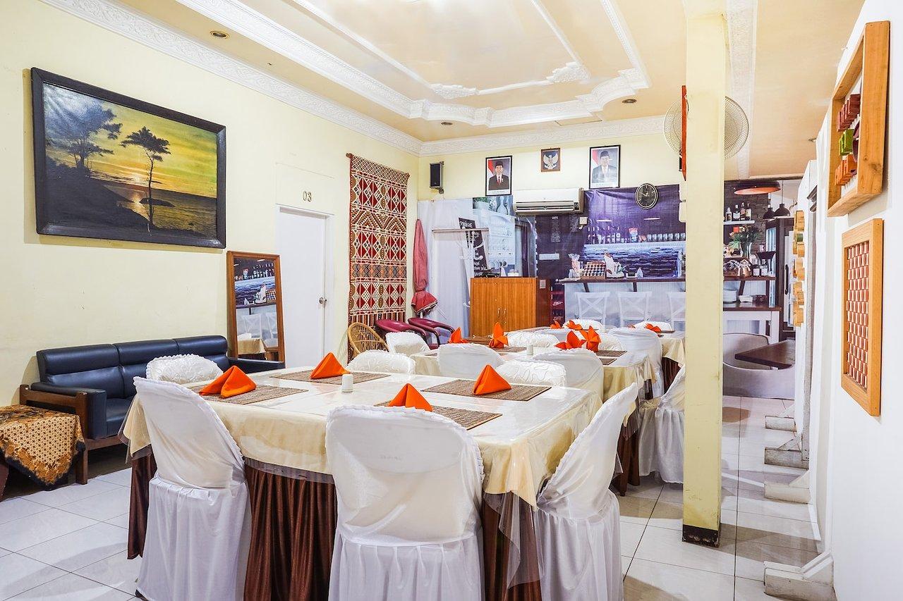 oyo 375 hotel bougenville prices reviews padang indonesia rh tripadvisor com