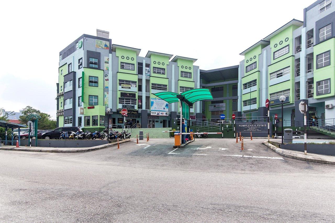 Oyo 328 Apple Hotel Shah Alam 11 1 7 Prices Lodge Reviews Malaysia Tripadvisor