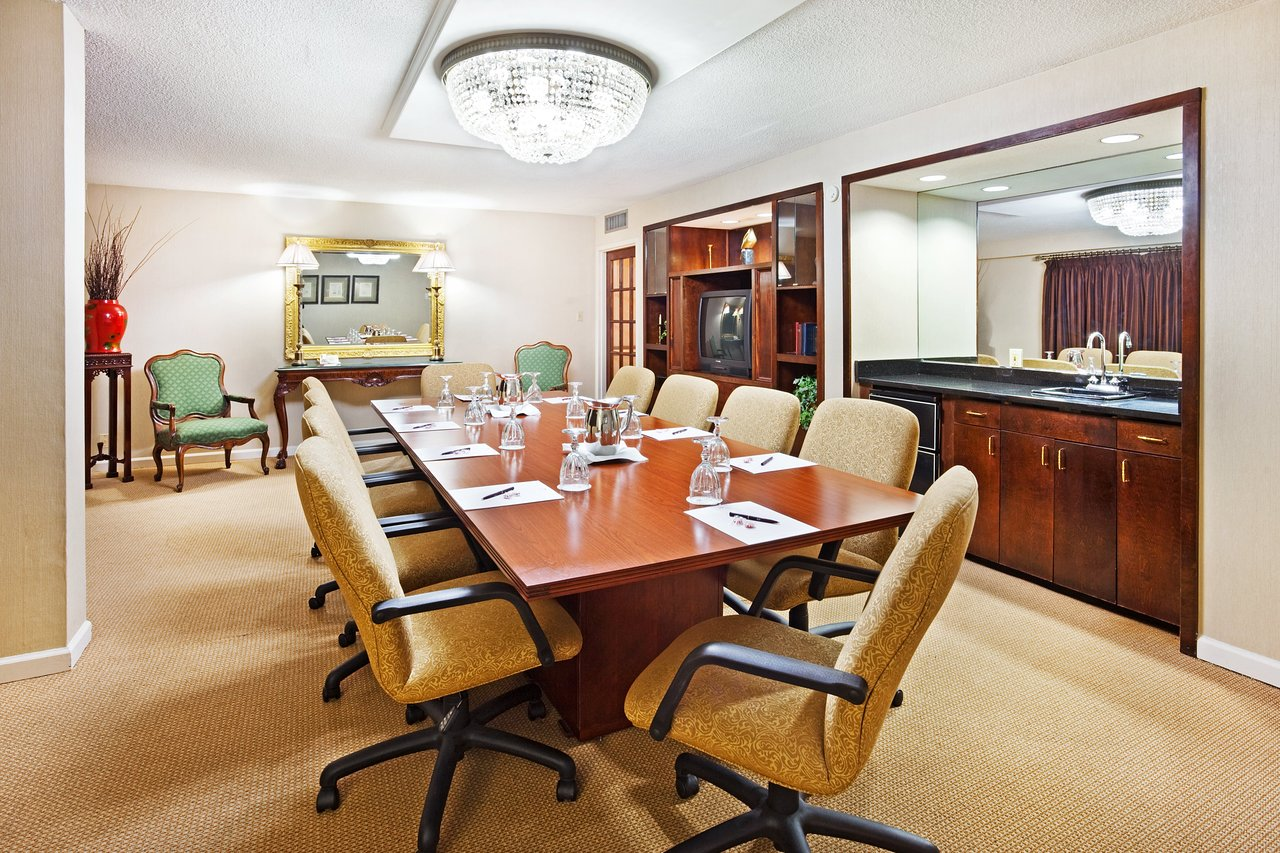 Crowne Plaza Hickory I 40 83 1 0 4 Updated 2019 Prices Hotel Reviews Nc Tripadvisor