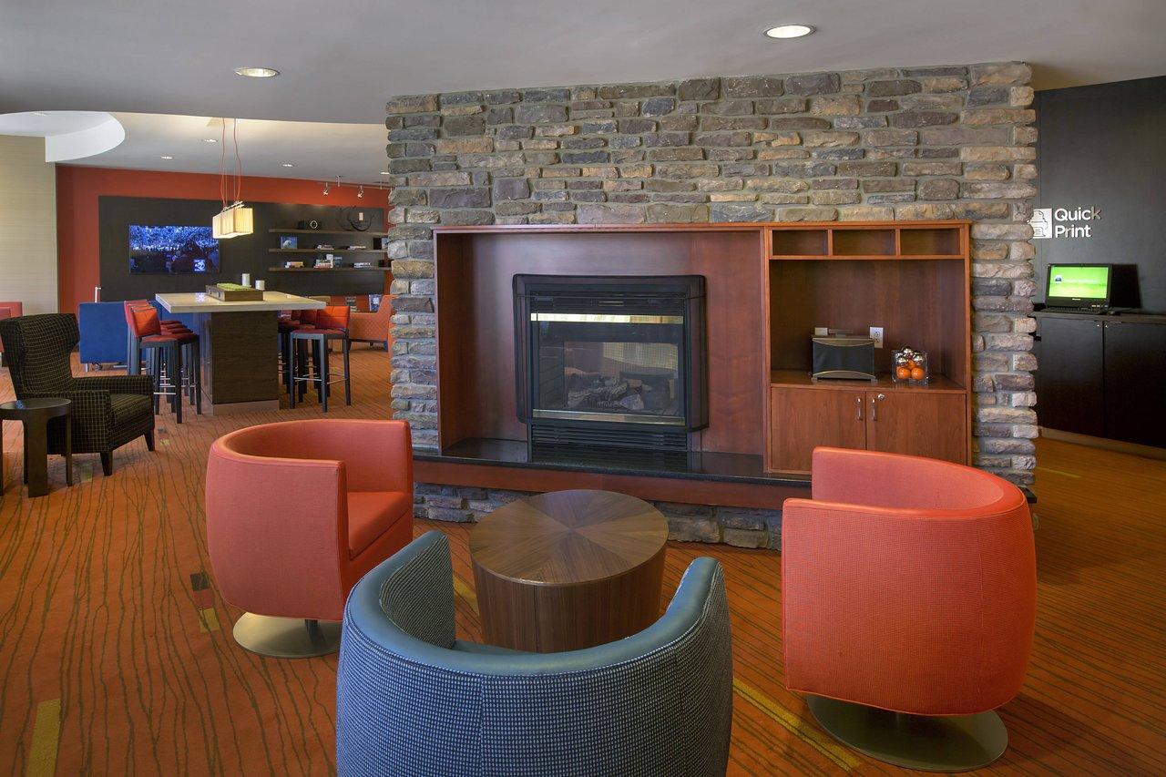 Courtyard By Marriott Paramus 143 1 5 Updated 2019 Prices Hotel Reviews Nj Tripadvisor