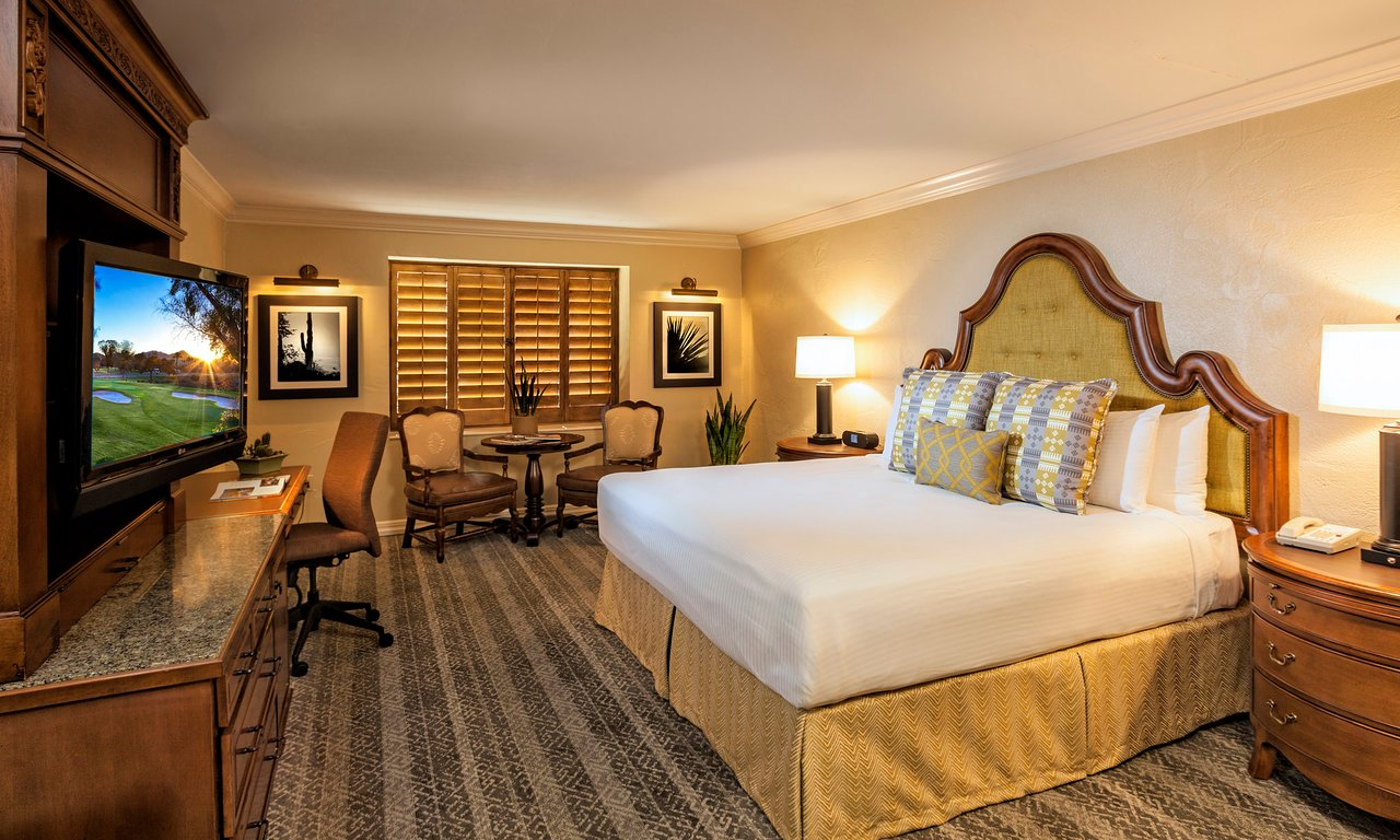 THE 10 CLOSEST Hotels to Scottsdale Community College
