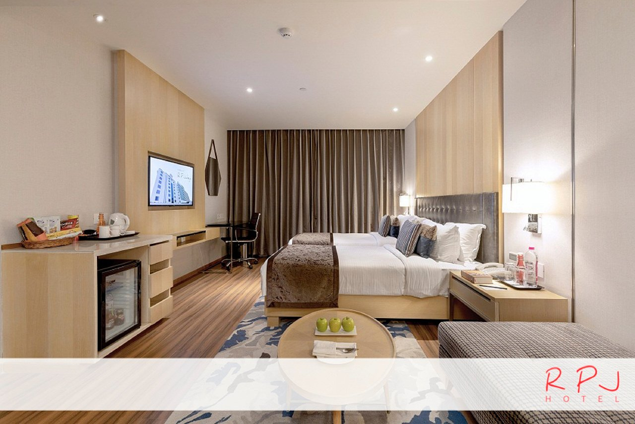 Regenta Rpj Rajkot Gujarat Hotel Reviews Photos Rate