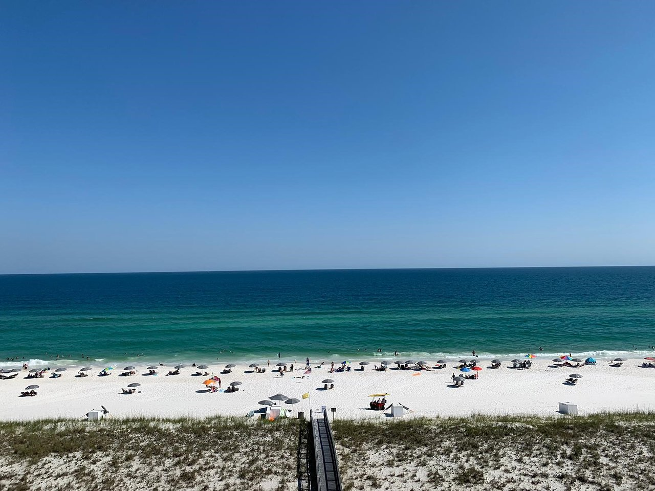 This is the Lazy Days Beach Rentals on Navarre Beach, FL   Picture ...