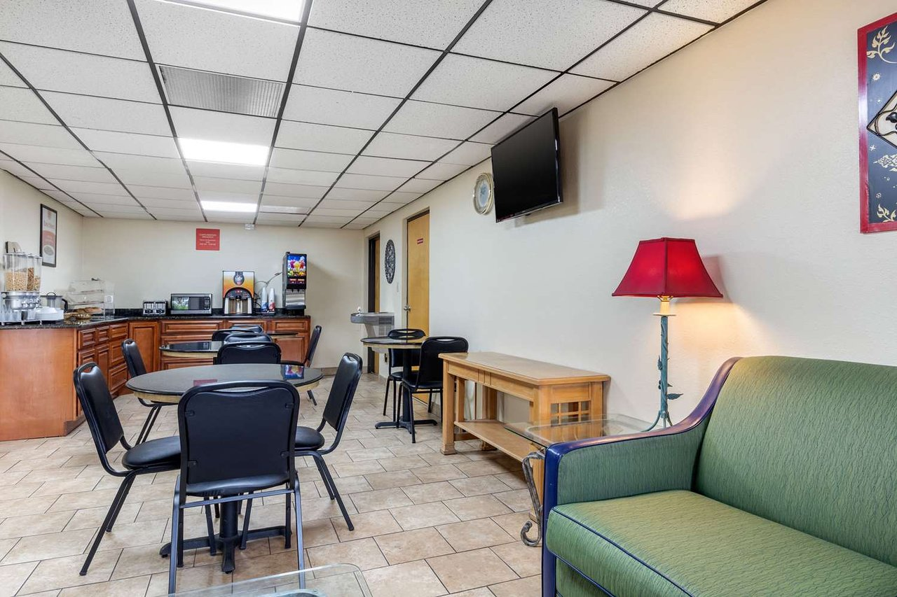 motel 6 bonny oaks chattanooga tn