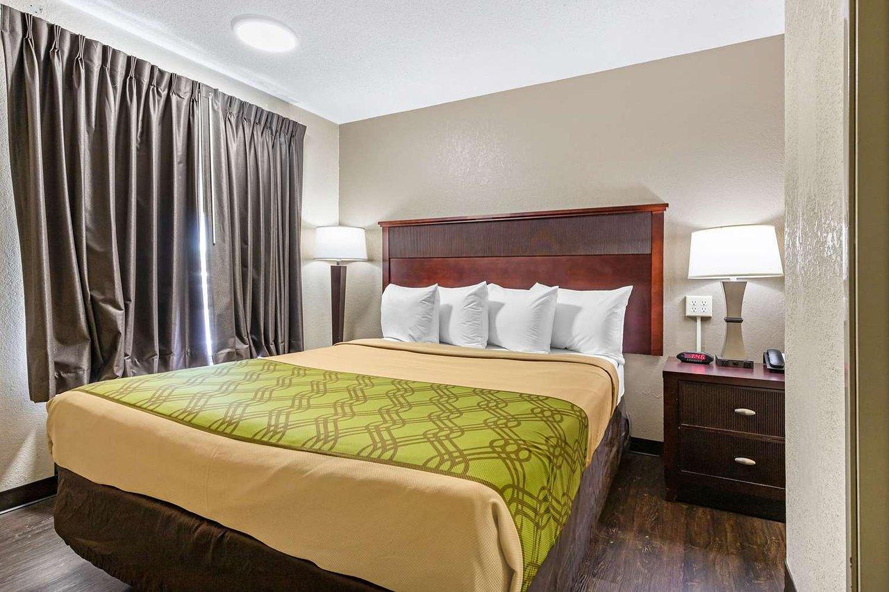 THE 10 CLOSEST Hotels to Georgia Regents University, Augusta
