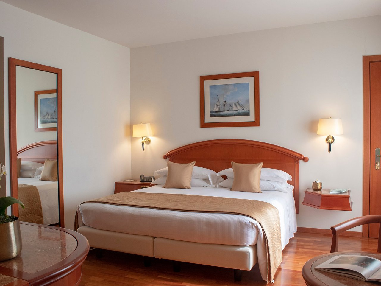 Cuscini Coop.Starhotels Vespucci 54 9 7 Prices Hotel Reviews