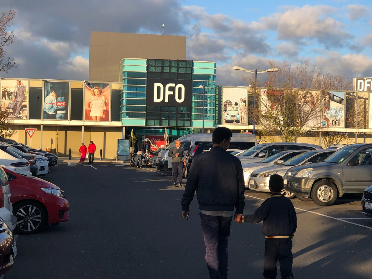 Dfo Direct Factory Outlet Essendon 2020 All You Need To Know Before You Go With Photos Tripadvisor Webster groves newest sushi station restaurant located in the historic district known as old the sushi station was recently named one of the top ten places in st. dfo direct factory outlet essendon