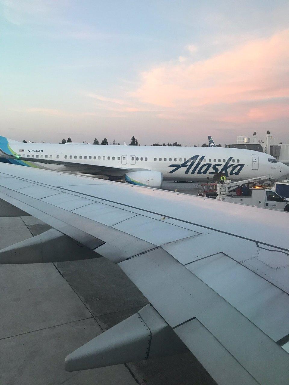 alaska airlines flights and reviews with photos tripadvisor rh tripadvisor com