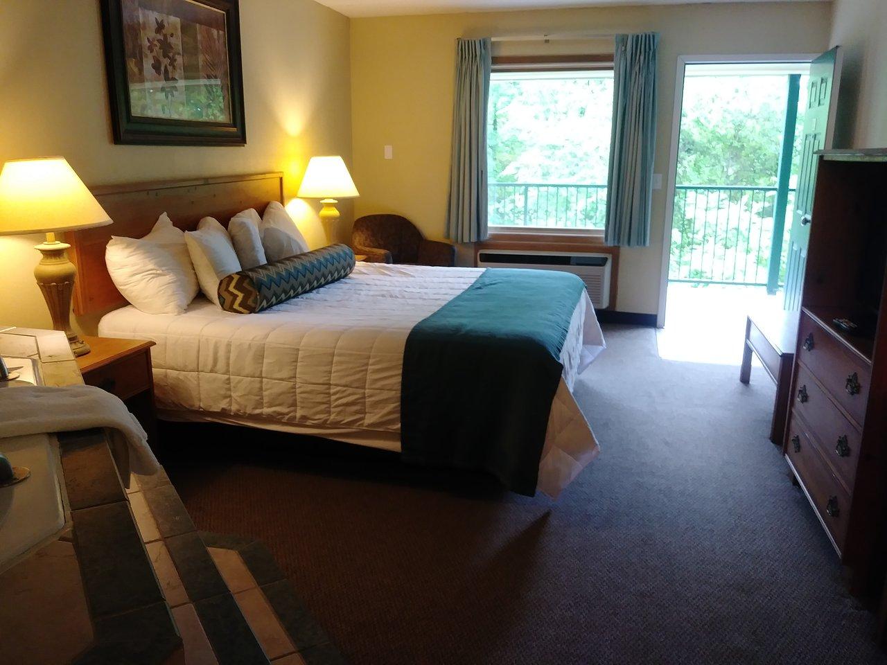 Four Seasons Inn Prices Hotel Reviews Branson Mo Tripadvisor