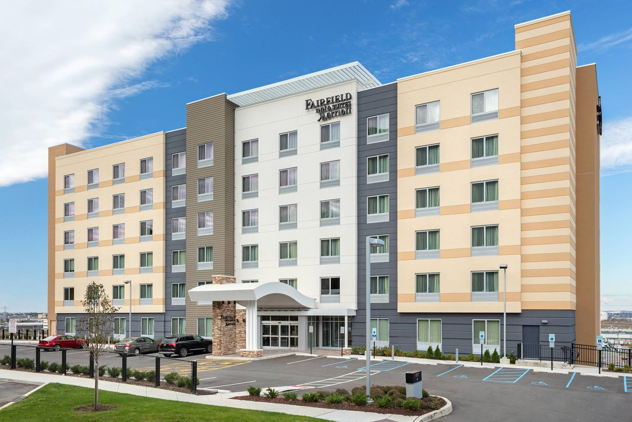 THE 10 CLOSEST Hotels to Montefiore Medical Center, Bronx