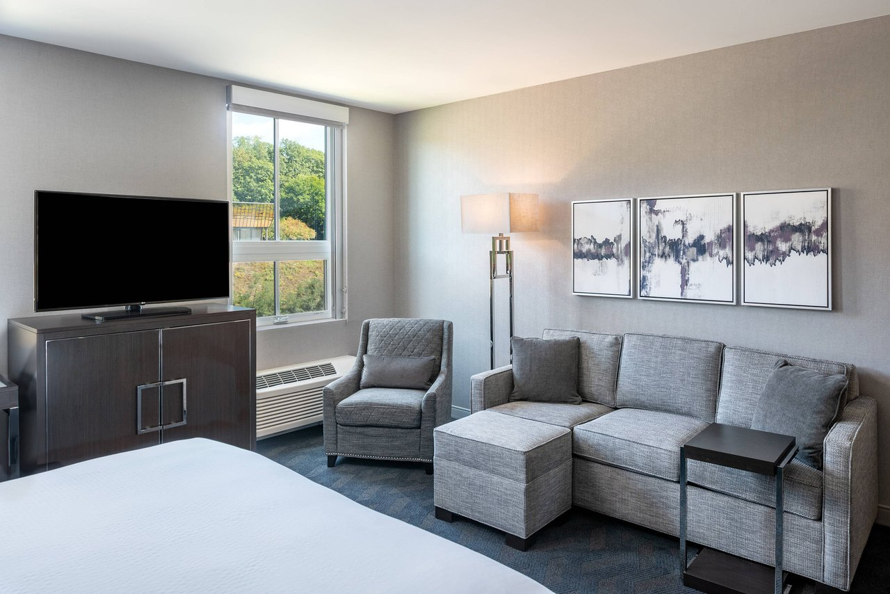 RESIDENCE INN BY MARRIOTT BOSTON WALTHAM $169 ($̶1̶9̶9̶