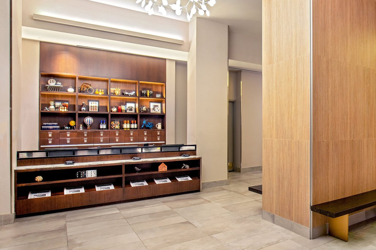 Four Points by Sheraton Midtown - Times Square - UPDATED