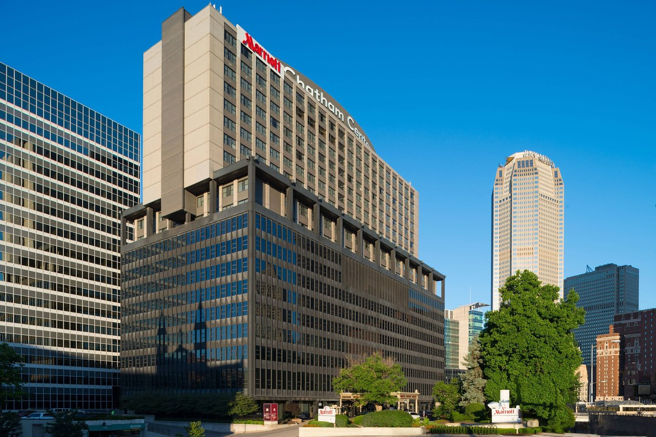 THE 10 CLOSEST Hotels to Upmc Mercy, Pittsburgh