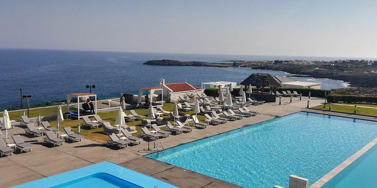 Cretan Pearl Picture Of Mr Mrs White Crete Lounge Resort Spa Tripadvisor
