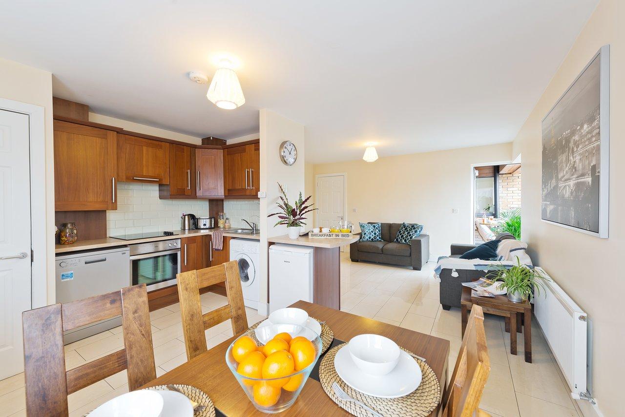 Pearse street suites dublin ireland