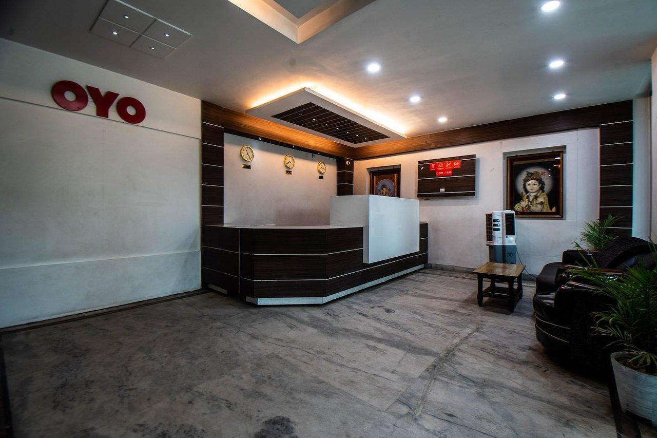 OYO 29792 PIYUSH HAJIPUR (Bihar) - Lodge Reviews, Photos