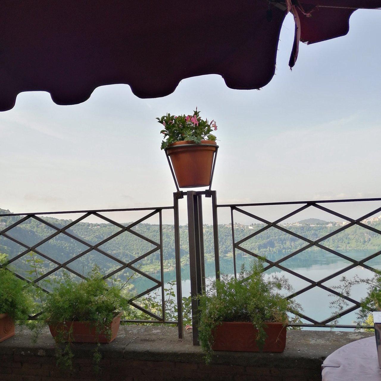 Locanda Specchio Di Diana Albergo Diffusso Prices Hotel