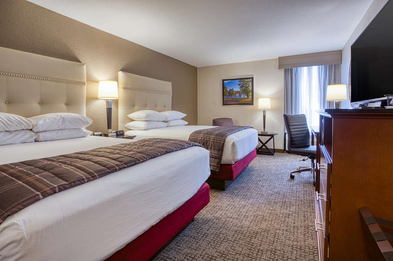 DRURY INN & SUITES ST. LOUIS FAIRVIEW HEIGHTS $115 ($̶1̶3̶4̶ ...