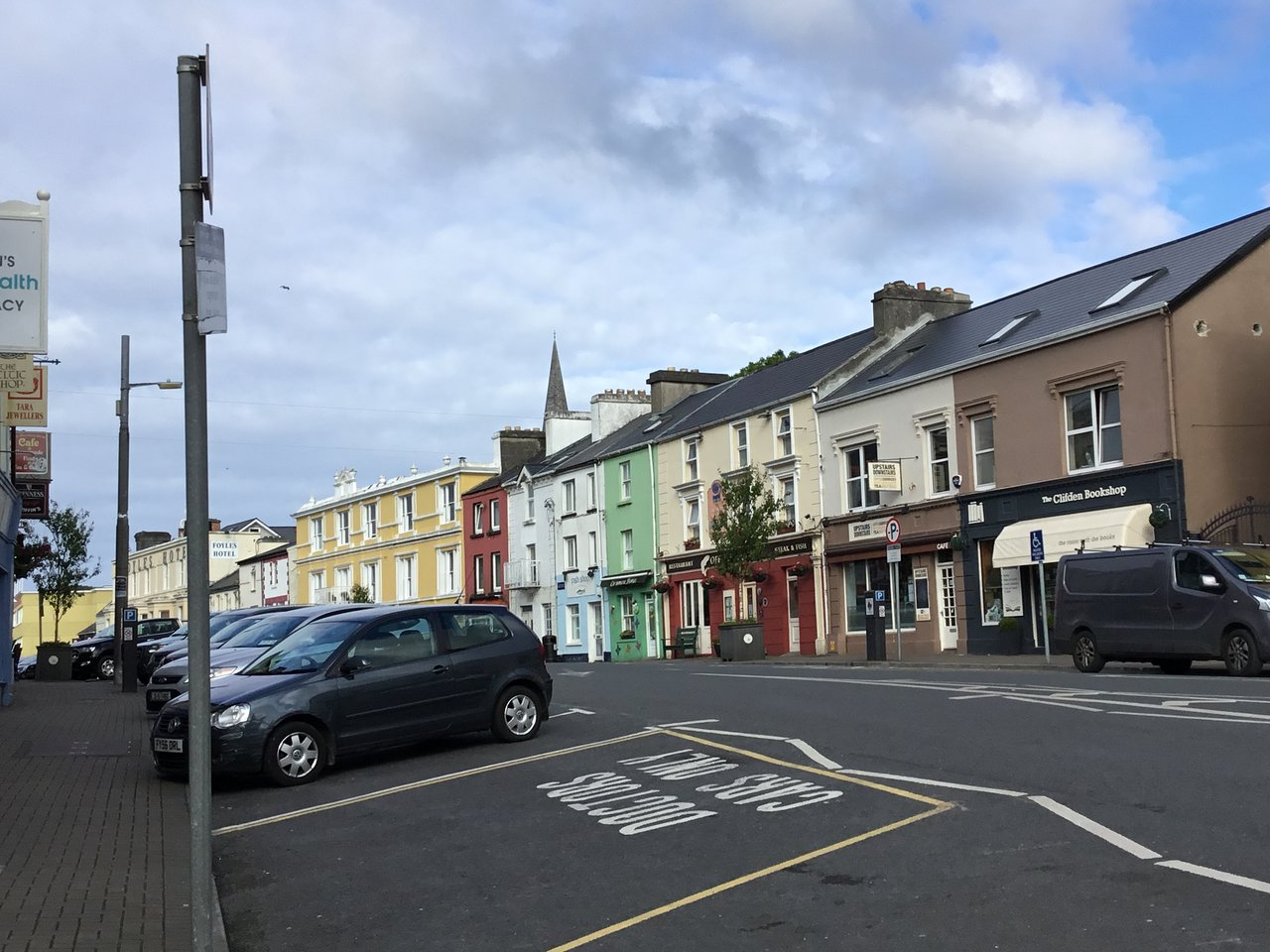 London to Clifden - 11 ways to travel via train, bus and ferry