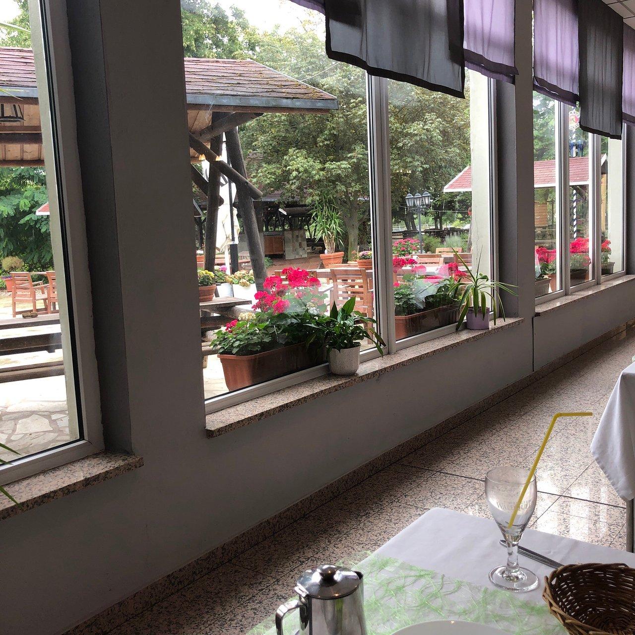 Hotel Schoene Aussicht 88 9 3 Prices Reviews Leissling