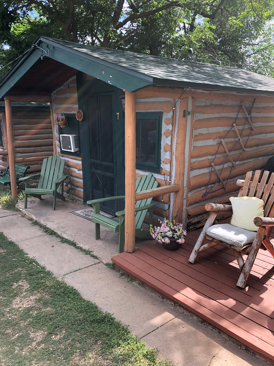 Pioneer Log Homes France historic log cabins - prices & inn reviews (hot springs, sd