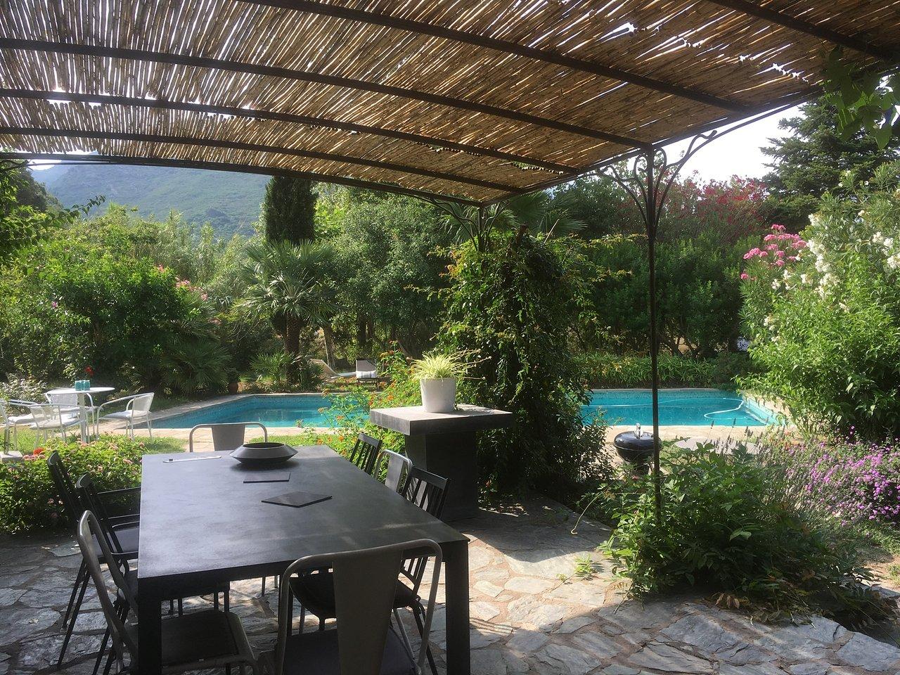 Les Jardins De Foata Prices Lodging Reviews Barbaggio