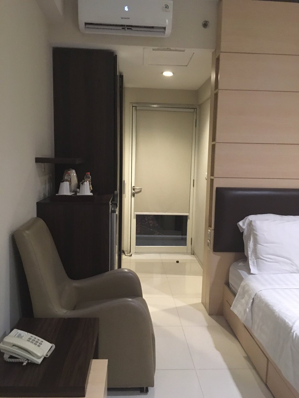Promo 75% Off Bassura City 1 Bedroom 1 Apartment By ...