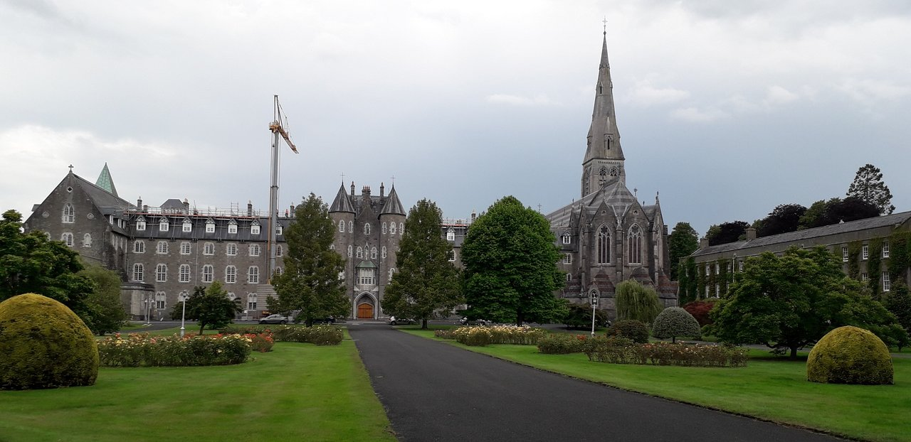 Internet Publishing Policies and Standards - Maynooth