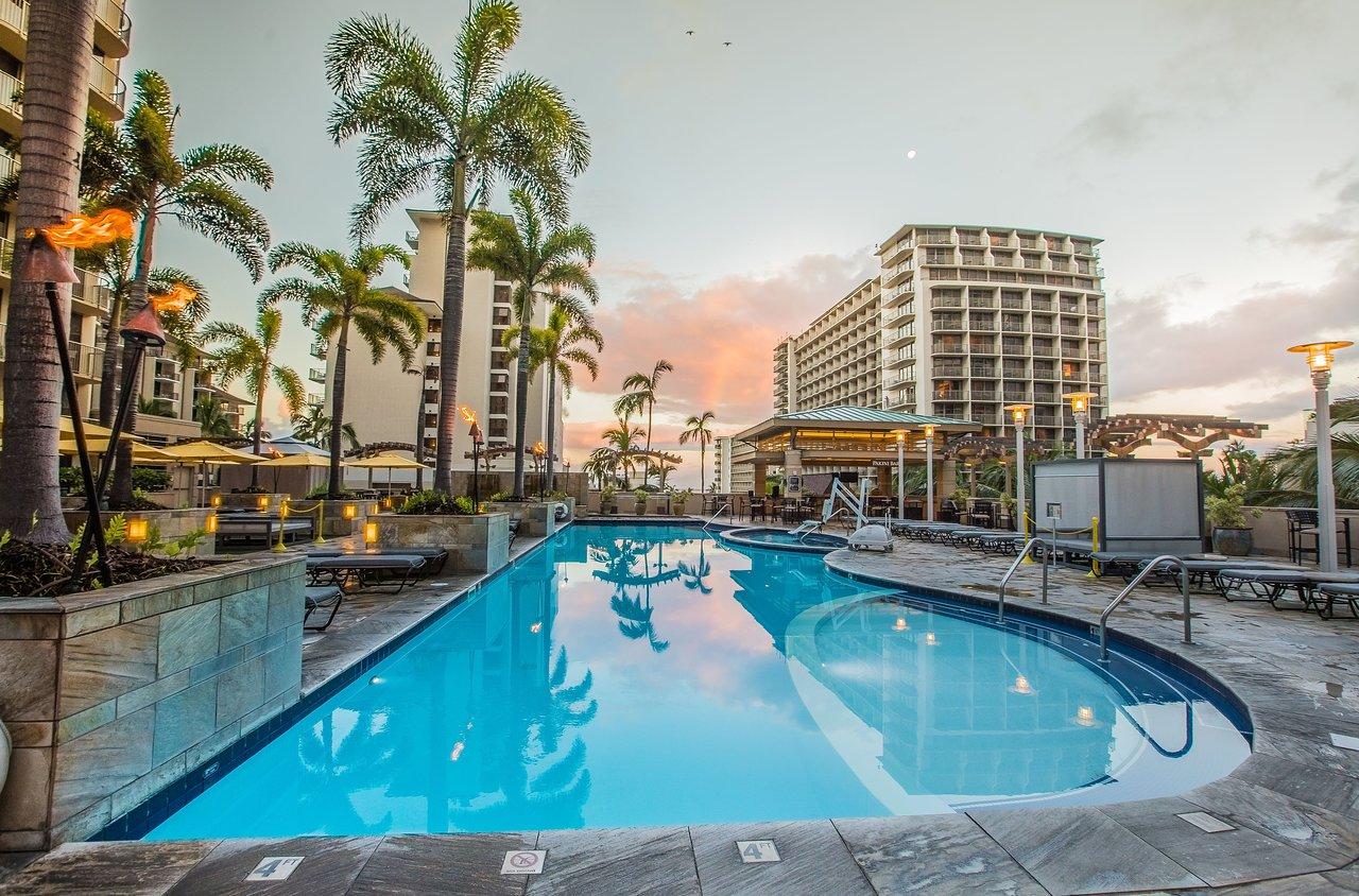 Embassy Suites By Hilton Waikiki Beach Walk Updated 2021 Prices Hotel Reviews Oahu Hawaii Tripadvisor