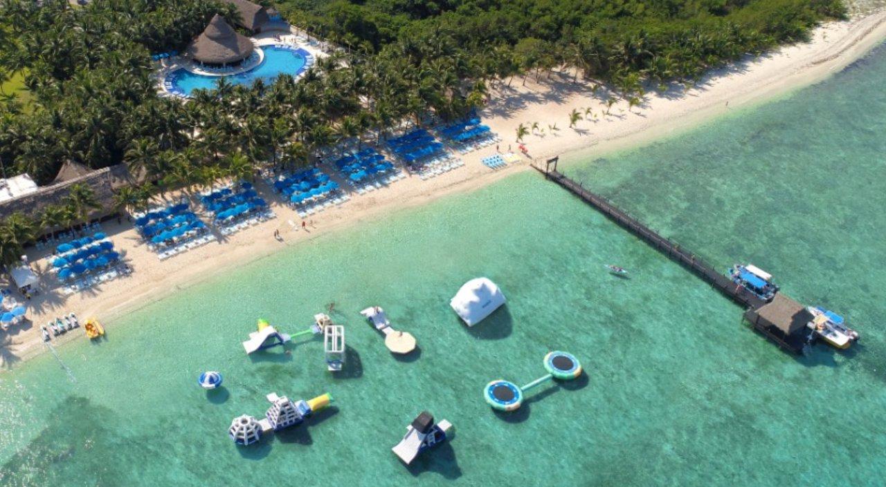 The 10 Best Cozumel Beach Pool Clubs