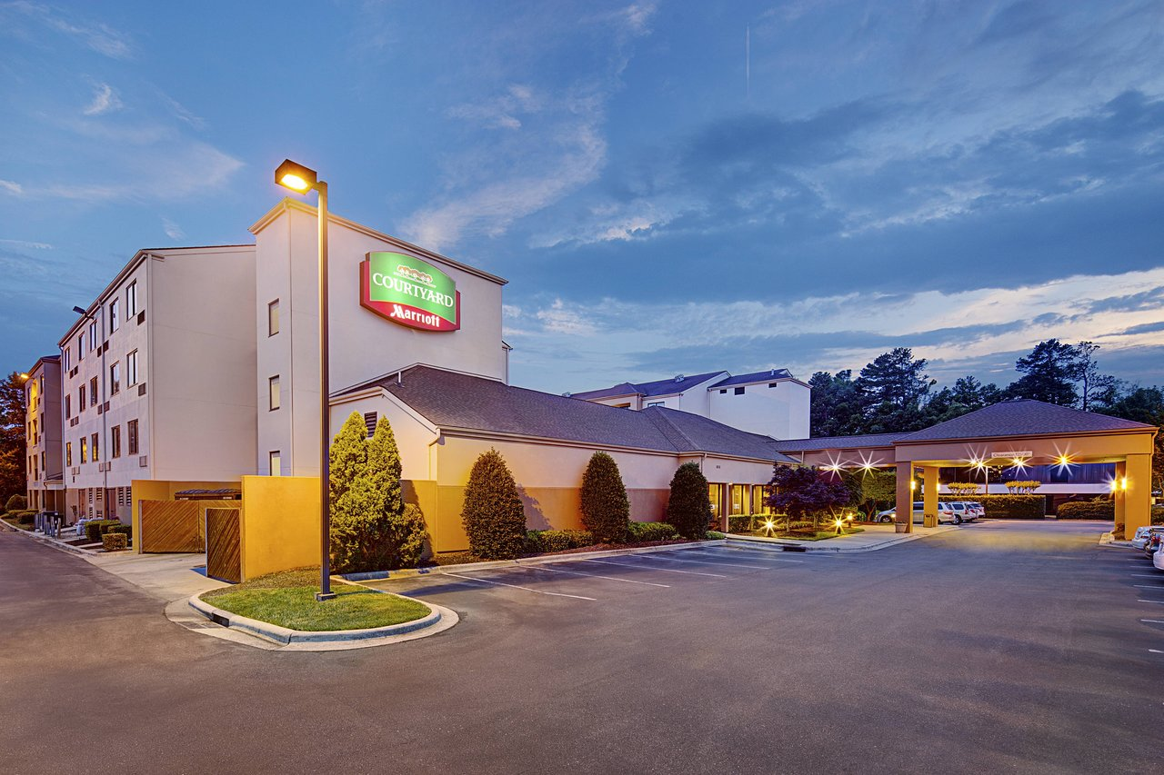COMFORT INN & SUITES DURHAM NEAR DUKE UNIVERSITY $80