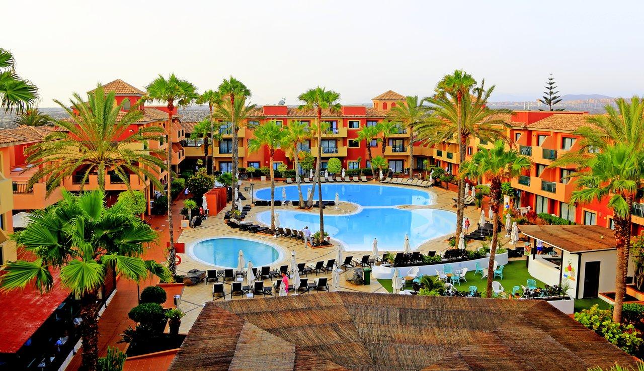 Risultato immagini per alOE club resort